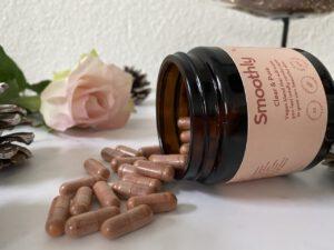 Hier zie je de pillen van Smoothly Skincare