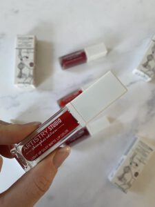 Artistry Studio de Light Up Silky Matte Lip Color in Spice Red